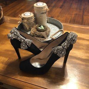 Black ABS Allen Schwartz heels